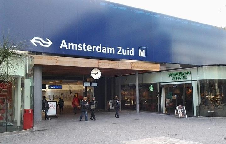 Normal 761px station amsterdam zuid  zuidplein