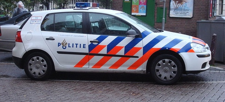 Normal 800px dutch police vw golf