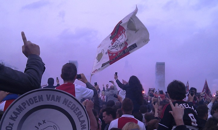 Normal afc ajax kampioen 2010 2011