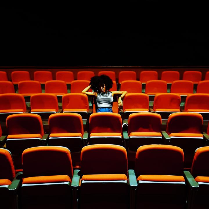 Normal afro audience auditorium 1900339