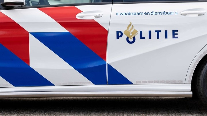 Normal 2019 04 23 politieauto mercedes pm007