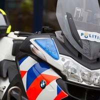 Thumbnail politiemotor geparkeerd