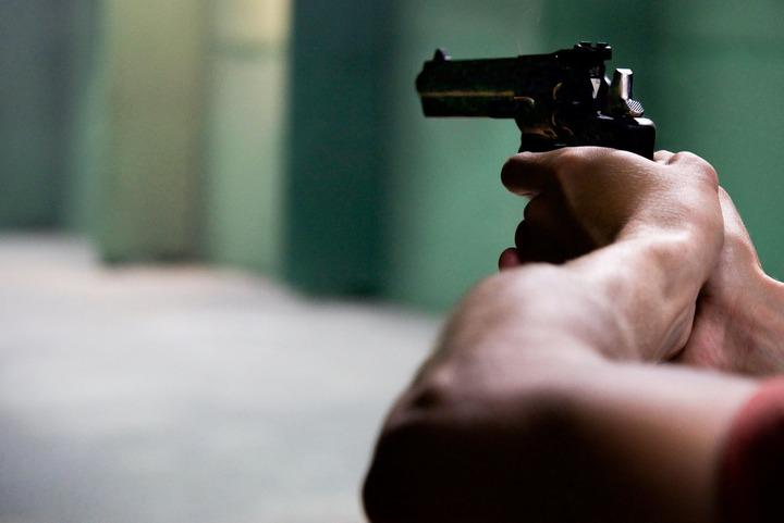 Normal gun revolver fire firing 370202
