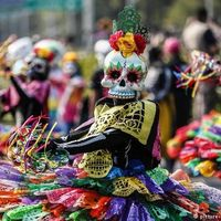 Thumbnail day of the dead parade