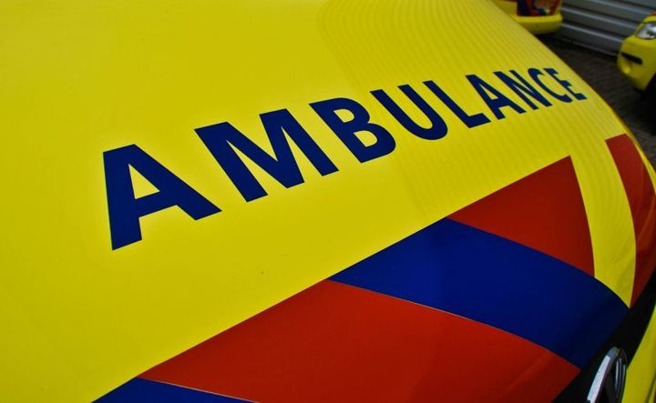 Normal ambulance close up logo 112 hulpdiensten spoed. groot