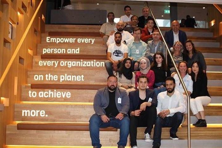 Normal eerste editie microsoft azure academy for refugees gestart