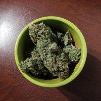 Thumbnail 1280px marijuana buds