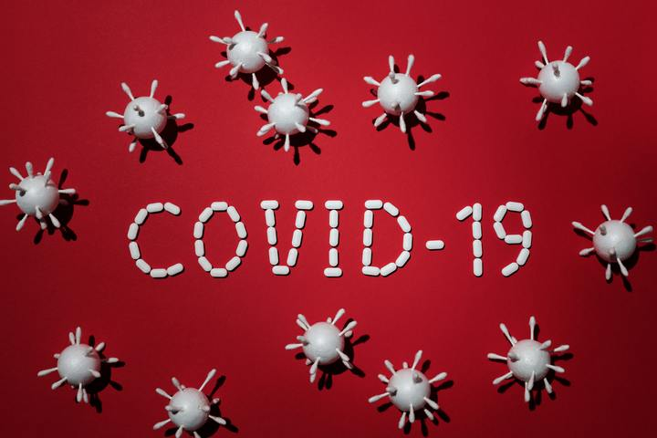 Normal concept of covid 19 in red background 4031867