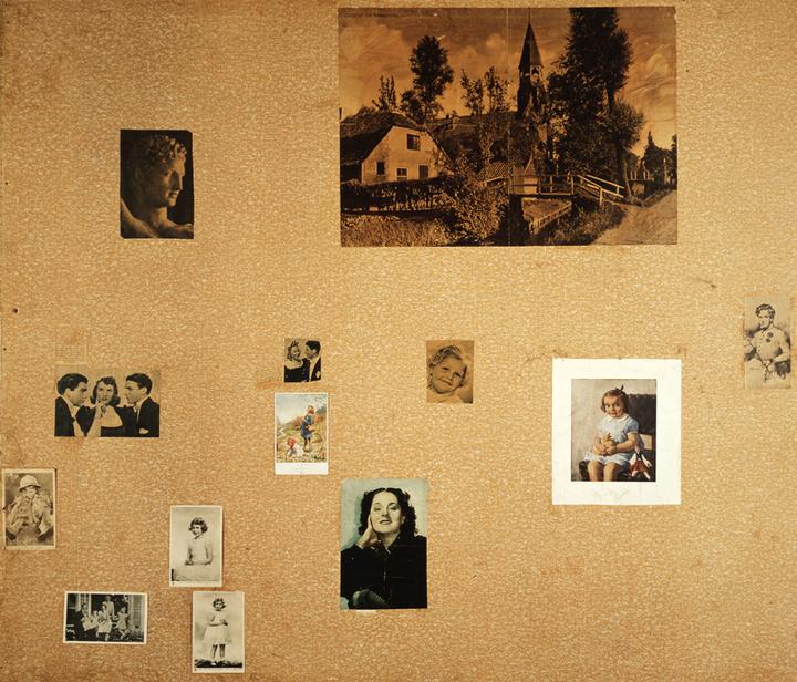 Normal 9415 wand a deel van plaatjeswand anne franks kamertje  collectie anne frank stichting